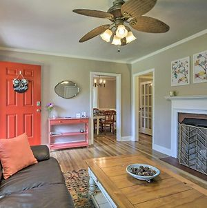 Bright Home With Yard In Historic Fuquay-Varina photos Exterior