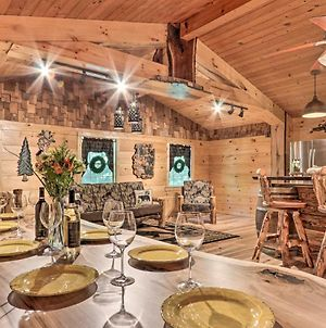 Serene Pigeon Forge Hideaway With Game Room! photos Exterior