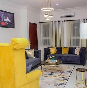 Tastefully Furnished Apartment To Give You Home-Away-From-Home Experience photos Exterior