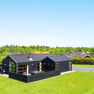 Four-Bedroom Holiday Home In Hemmet 6 photos Exterior