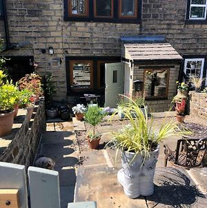 Wuthering Cottage Haworth - Stylish Cosy & Comfy photos Exterior