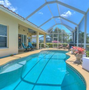 Fantastic Weekly Rental Pool Home In Falcons Glen Of Lely - Naples, Florida! photos Exterior