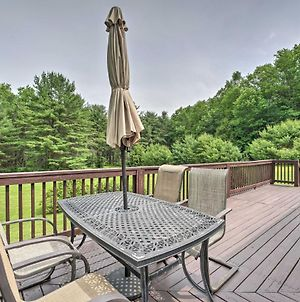 Mountain Escape Home With Deck, Fire Pit, Yard photos Exterior