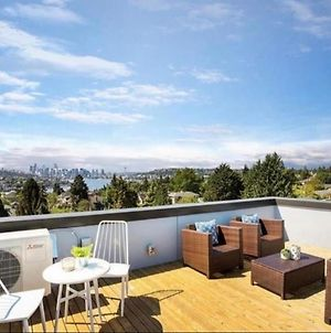 Rooftop Patio With Waterview, Private Garden & Grill 3Br 3Ba photos Exterior