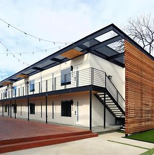 Nid D'Amour/ The Love Nest Of Dallas photos Exterior