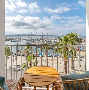 Charming Studio With Balcony And Sea View In Sanary-Sur-Mer - Welkeys photos Exterior