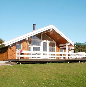 Three-Bedroom Holiday Home In Humble 4 photos Exterior