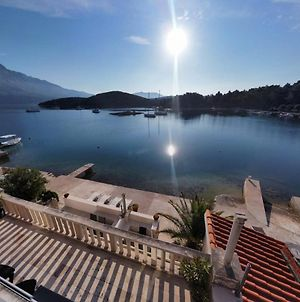 Korcula Seafront Apartments With Private Beach photos Exterior