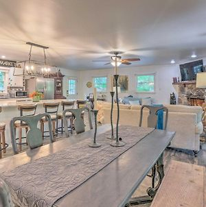 Beautiful Connestee Falls Home With Porch In Brevard photos Exterior