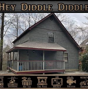 Hey Diddle Diddle Cabin photos Exterior
