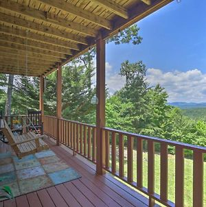 Picturesque Murphy Cabin With Fire Pit And Views! photos Exterior