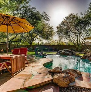 Gorgeous Desert Home With Resort-Like Pool Area, Bbq Grill & Entertainment Throughout! Home photos Exterior