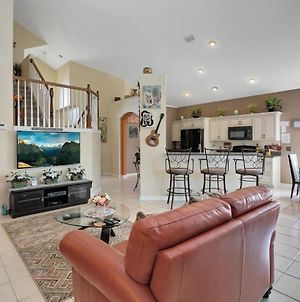6 Bed Minutes To Disney Gated Community photos Exterior