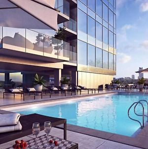 Highrise Luxury Condo W/Picturesque 360 View Of Ottawa River & Heated Pool photos Exterior