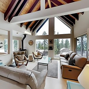 Exceptional Vacation Home In Incline Village Home photos Exterior