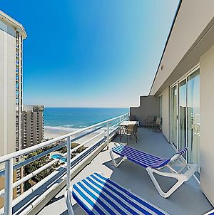 New Listing! Oceanfront Retreat With Pools & Hot Tub Condo photos Exterior