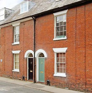 Period Cottage Within City Walls photos Exterior