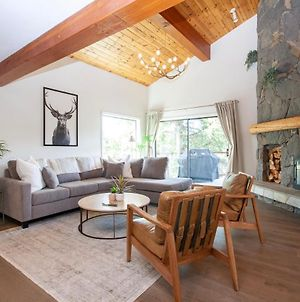 4Br Perfect Family Vacation Rental Within Walking Distance To Whistler Village By Harmony Whistler photos Exterior
