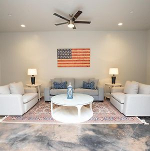 The Americana- Sleeps 26- Minutes From Zions photos Exterior