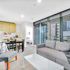 A Charming 2Br Apt Near Southern Cross With City Views photos Exterior
