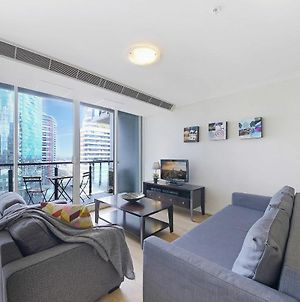 A Comfy 2Br Apt Next To Crown With City Views & Free Parking photos Exterior