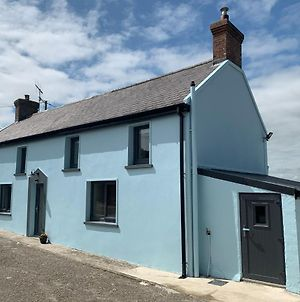 Traditional Farm House In The Old Head Of Kinsale photos Exterior