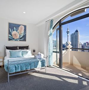 Stunning Sky Tower View Studio Pool And Gym! photos Exterior