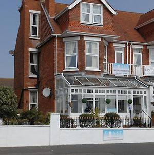 Coast Guest House Accommodation Eastbourne photos Exterior