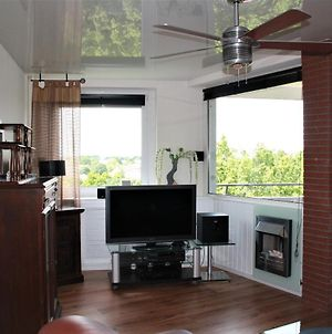 Luxurious & Fully Furnished Apartment photos Exterior