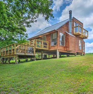 Idyllic Cabin With Private Yard, 9 Mi To Taylor photos Exterior