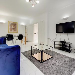 2 Bed Flat In Front Of Harrods photos Exterior