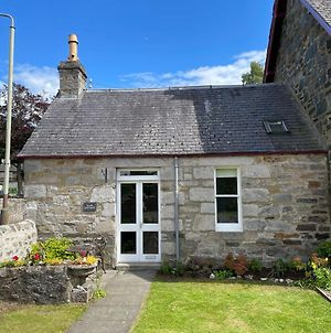 Cosy Peaceful One-Bedroom Cottage In Pitlochry photos Exterior