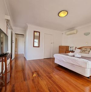 Cosy Unit By Airport Manukau With Heat Pump Wifi photos Exterior