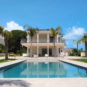 Charming Villa With Private Pool Located In Scopello photos Exterior