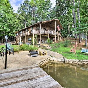 Pet-Friendly Cabin With Dock On Lake Martin! photos Exterior