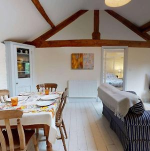 The Hayloft-Cotswolds Bolthole Retreat For Two photos Exterior