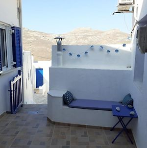 Cycladic House White And Blue In Kato Chora photos Exterior