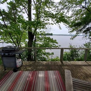 Waterfront Cabin, Rustic And Charming - Dock And Lake Access! photos Exterior