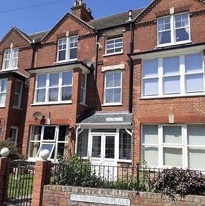 Stunning 1-Bed Apartment In Sheringham photos Exterior