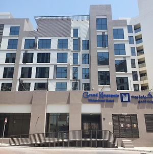 Grand Kingsgate Waterfront By Millennium Hotels photos Exterior