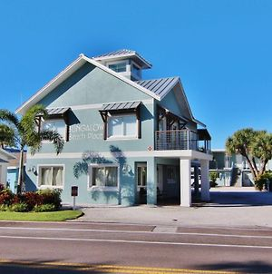 Bungalow Beach Place By Teeming Vacation Rentals photos Exterior