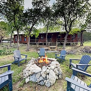 Hill Country Home On 25 Acres With Creek Home photos Exterior