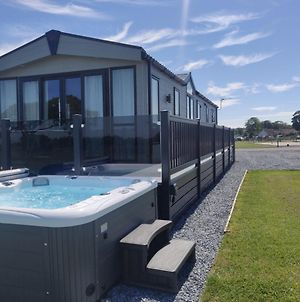 Langton 24 Luxury Lodge With Hot Tub By St Andrews photos Exterior