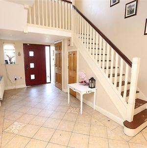 Beautiful Family Home In Drogheda photos Exterior