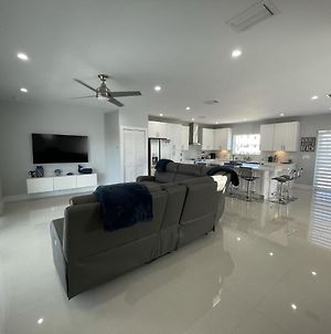 Exceptional Vacation Home In Key Colony Beach Duplex photos Exterior