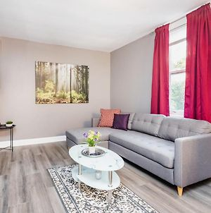 Modern 3Br With King Bed - Steps From Byward Market! photos Exterior