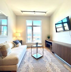 Brand New Condo Ln Downtown Sidney By The Airport And Ocean photos Exterior