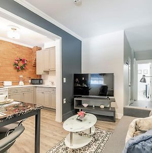 Brand New - Upscale 2Br With King Bed - Prime Location! photos Exterior