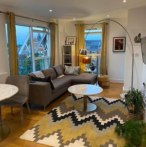 Clapham Penthouse With View Of The London Skyline photos Exterior
