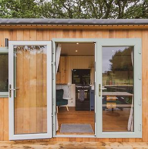 Hidden Wood Glamping And The Hideaway Cabin photos Exterior